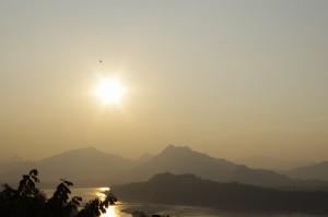 メコンと夕陽